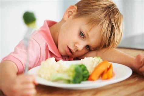 بی اشتهائی در کودکان وراههای مقابله با آن