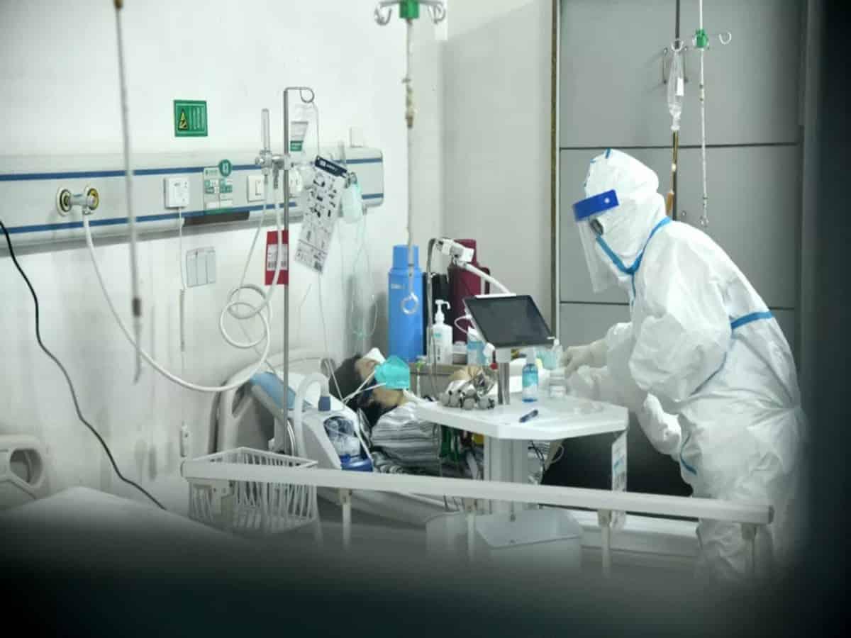 یک زن در ژاپن اولین بیمار مبتلا به کوید در جهان است که پیوند زنده ریه دریافت می کند., Drug Med: مجله ی فوق تخصصی دارو، پزشکی، تشخیص و کرونا ویروس ۱۹